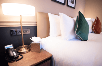 The Counting House Hotel Bank London - classic double pillows